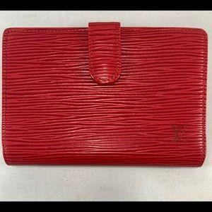 LOUIS VUITTON Red Epi Portefeuille Viennois Wallet